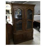 Wooden ornate cabinet w/3 glass shelf