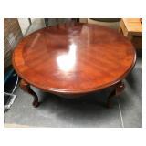 38 in diameter wood coffee table