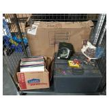Lot incl. vinyl records, vintage luggage, wood