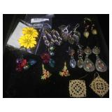 10 pair of fashion jewelry earrings, assorted