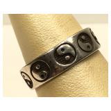 Sterling Silver Yin-Yang ring - size 8