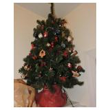 Miniature Christman Tree w/ Lights
