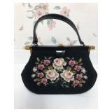 Vintage Ladies Tapestry Hand Bag