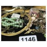 LOT OF COSTUMES JEWELRY