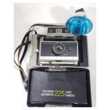 Vintage Polaroid automatic 225 land camera