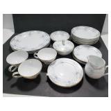 22 piece Imperial China W. Dalton Seville set