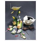 Bird themed decor w/ magnets
