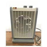 Duracraft small adjustable space heater