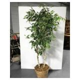 5ft+ artificial tree