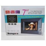 New 7in digital photo frame