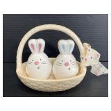 Ruddy Bunny basket ceramic salt & pepper set