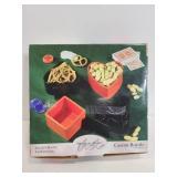 2004 American Atelier Casino Royale snack set