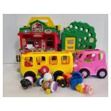 Fisher Price Little people town playset