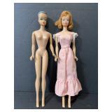 Lot of 2 vintage 1962 Midge Barbie dolls