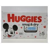 New Huggies Snug & Dry size 5 diapers