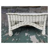 White wicker side table/ottoman