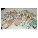 World Currency (50 Notes)