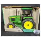 Ertl John Deere 2755 Utility Tractor