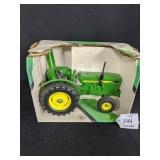 Ertl John Deere Compact Utility Tractor
