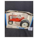 Ertl Ford 981 Select-o-Speed Tractor