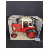 Ertl International 1586 Tractor with Cab