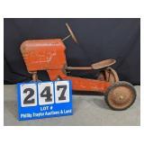 Vintage Castelli Traveler pedal Tractor