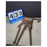 3 Chain Binders & 1 Ratchet Binder