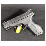 Umarex CO2 Magazine Fed BB Pistol