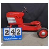 Vintage Top Flight pedal Tractor