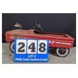 Vintage AMF Fire Cheif Pedal car