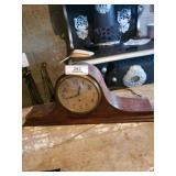 "Mantle Electric Clock "" Hammond"""