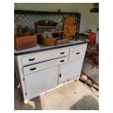 White Cabinet - Contents - Dog Kennel Pcs