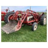 1966 International 424 Loader Tractor