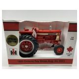 Scale Models IH Farmall 806D Tractor 1/16 Scale