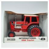 Ertl 1/16 Scale International  1568 V8