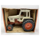 Ertl Case Agri King Tractor 1/16 Scale
