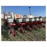 White 6606 Planter