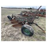 Oliver 3-Bottom Plow w/ 18-in Bottoms