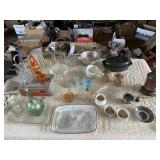 Vintage glassware and cookware including
