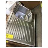 Single bowl sink w/washboard side