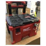 Milwaukee rolling tool box
