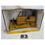 ERTL 1/16 SCALE CASE DOZER, NEW IN BOX