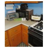 MICROWAVE, TOASTER OVEN, TOASTER, SLOW COOKER