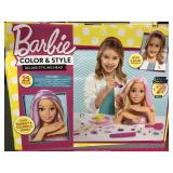 Barbie color & Style Deluxe Styling Head, box