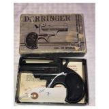 Derringer Model D86 38 special,