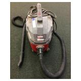 Craftsman Clean and Carry wet dry vac powers on