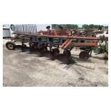John Deere 2700 5 bottom plow
