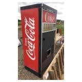 Coke Machine w/Key