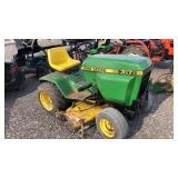 John Deere 317 Riding Mower