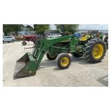 John Deere 2020 w/JD 146 Loader